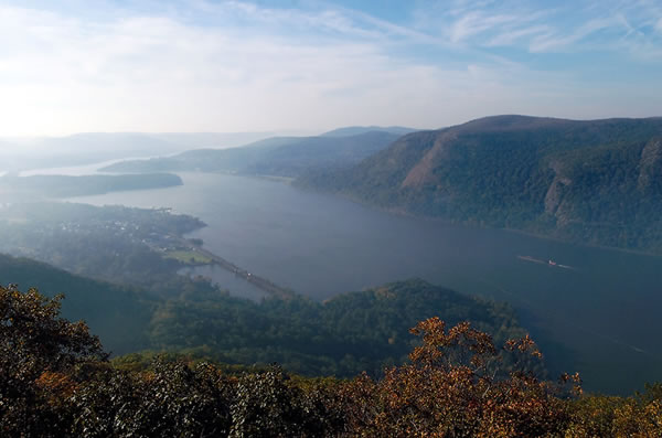 hudson river valley tableau
