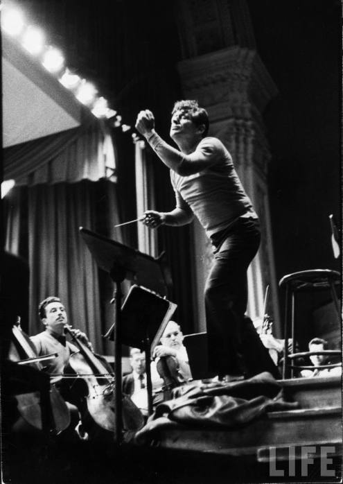 Leonard Bernstein rehearsing Mahler's Resuurection (Second) Symphony at Carnegie Hall, photographed for Life Magazine by Alfred Eisenstaedt in 1955