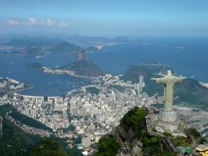 Christ the Redeemer ('Cristo Redentor') atop Corcovado mountain