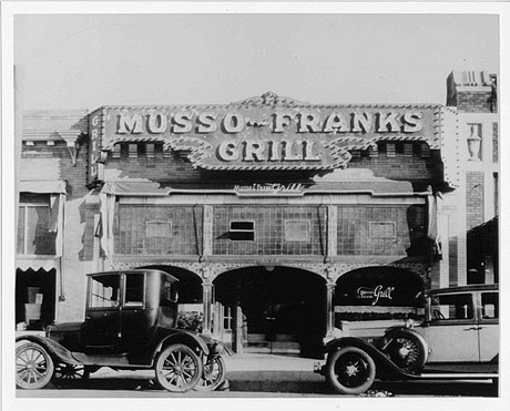 Los angeles in literature books to the ceiling - Musso and frank grill hollywood ...
