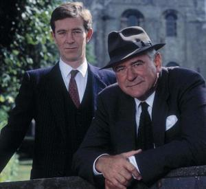 George Baker as Chief Inspector Wexford, with DI Mike Burden (Christopher Ravenscroft)