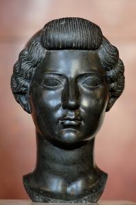 Livia_Drusilla_Louvre_Ma1233