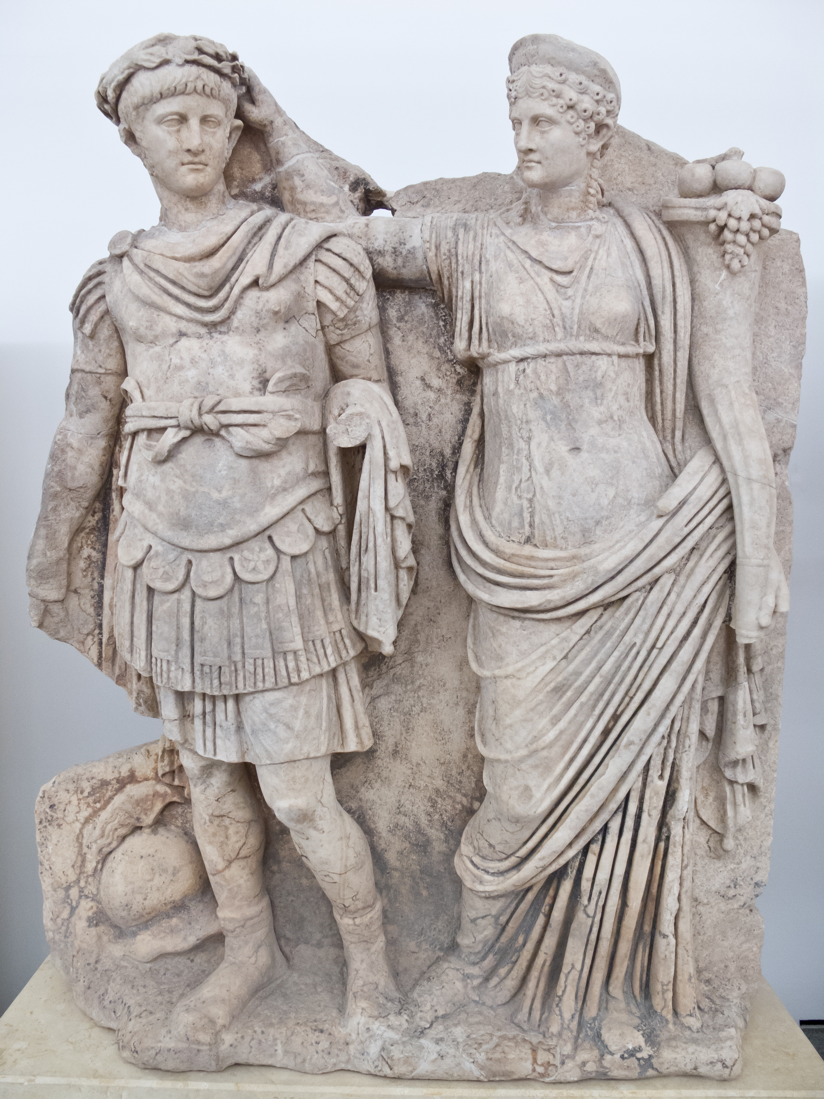 Dynasty: The Rise and Fall of the House of Caesar, by Tom